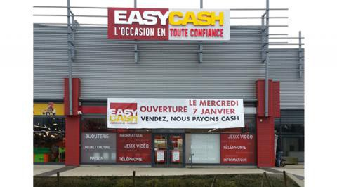 franchise easy cash ouvre un magasin douai l 39 officiel de la franchise. Black Bedroom Furniture Sets. Home Design Ideas